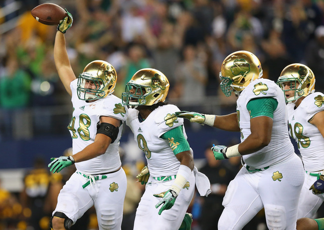 Hi-res-183200914-dan-fox-of-the-notre-dame-fighting-irish-and-jaylon_crop_650