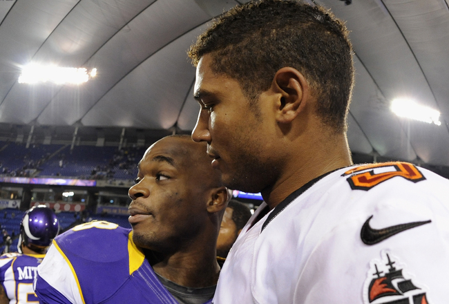 Hi-res-154765065-adrian-peterson-of-the-minnesota-vikings-and-josh_crop_650x440
