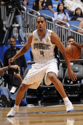 Hi-res-184177189-arron-afflalo-of-the-orlando-magic-plays-tight-defense_display_image
