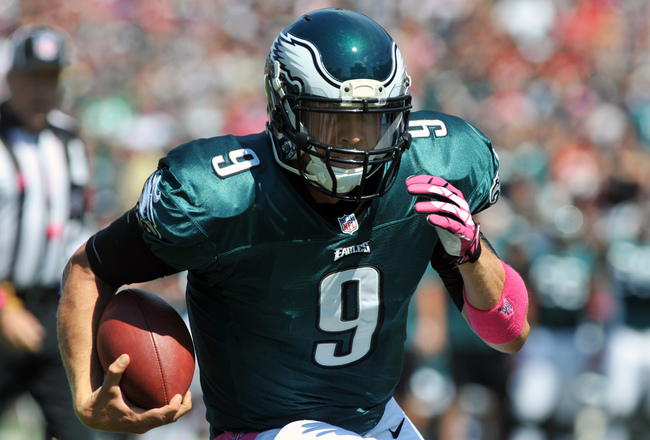Hi-res-184412296-quarterback-nick-foles-of-the-philadelphia-eagles-runs_crop_650x440