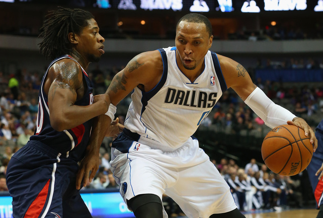 Hi-res-185677623-shawn-marion-of-the-dallas-mavericks-dribbles-the-ball_crop_650x440