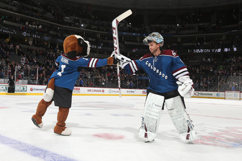 Hi-res-184726615-gaolie-semyon-varlamov-of-the-colorado-avalanche-gets-a_display_image