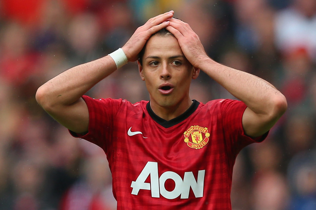 Hi-res-168608587-javier-hernandez-of-manchester-united-reacts-during-the_crop_650