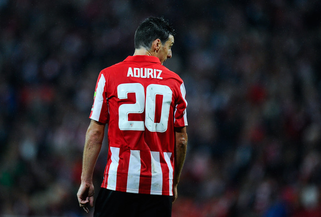 Hi-res-180873554-aritz-aduriz-of-athletic-club-looks-on-during-the-la_crop_650x440