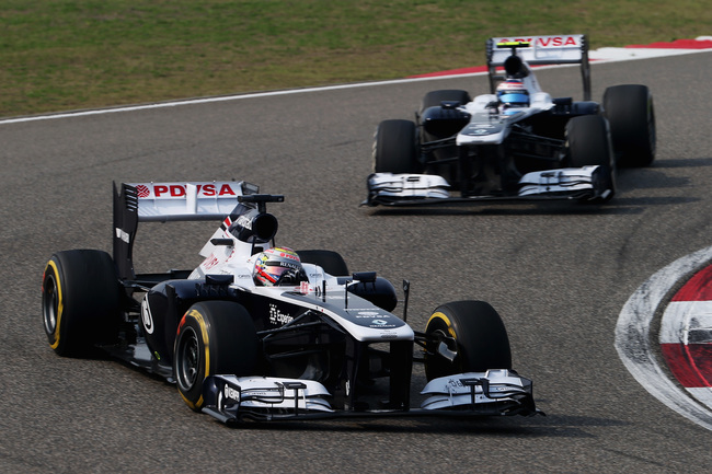 Hi-res-166584120-pastor-maldonado-of-venezuela-and-williams-leads-from_crop_650