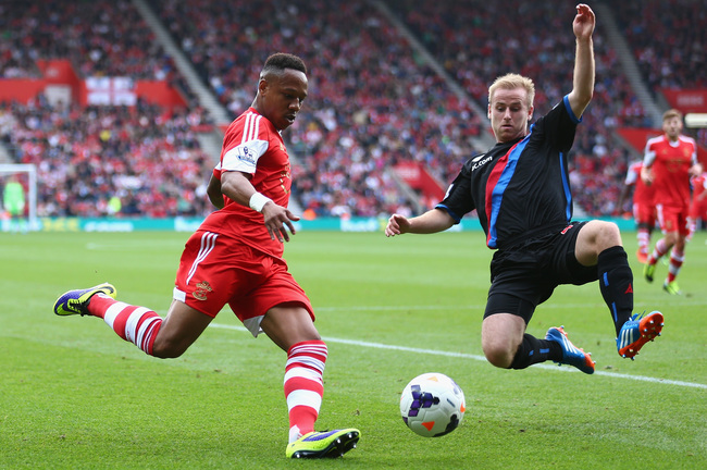 Hi-res-182138968-nathaniel-clyne-of-southampton-battles-for-the-ball_crop_650