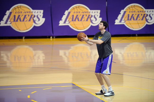 Hi-res-173252005-second-round-pick-ryan-kelly-practices-during-los_crop_650