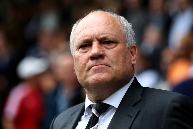 Hi-res-183153879-fulham-manager-martin-jol-looks-on-prior-to-the_crop_650