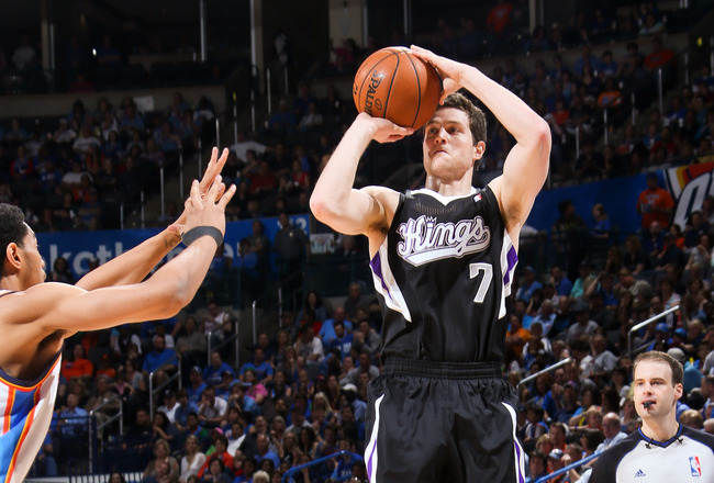 Hi-res-166720312-jimmer-fredette-of-the-sacramento-kings-shoots-a-three_crop_650x440