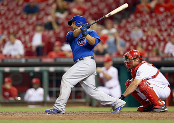Hi-res-180268369-welington-castillo-of-the-chicago-cubs-hits-the-ball_display_image