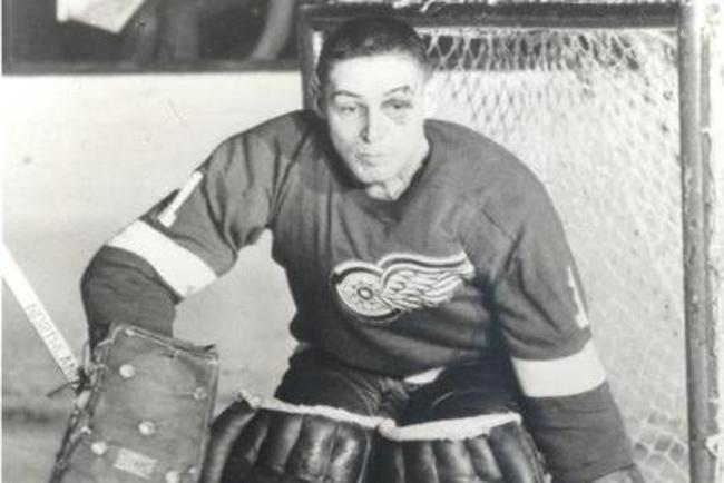 The Face Of Hockey Goalie Terry Sawchuk Before Masks Became
