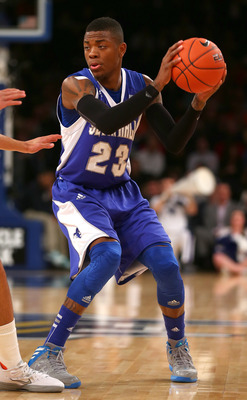 Hi-res-163773003-fuquan-edwin-of-the-seton-hall-pirates-handles-the-ball_display_image