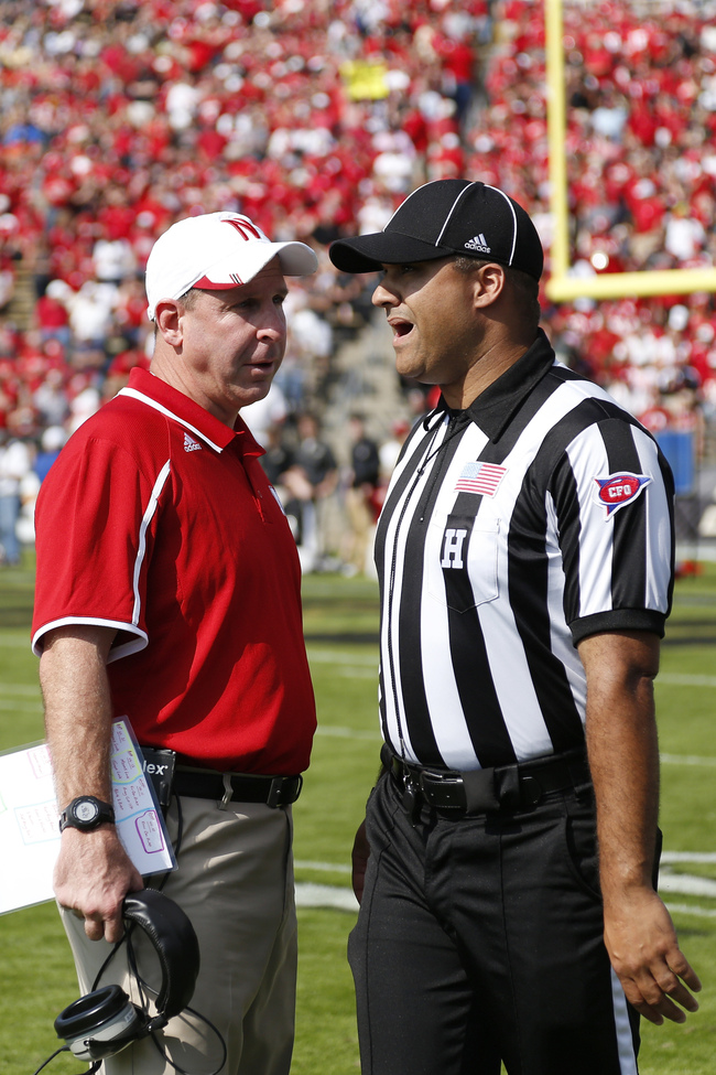 Hi-res-184225737-head-coach-bo-pelini-of-the-nebraska-cornhuskers-argues_crop_650
