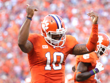 Hi-res-184237216-tajh-boyd-of-the-clemson-tigers-celebrates-after_display_image