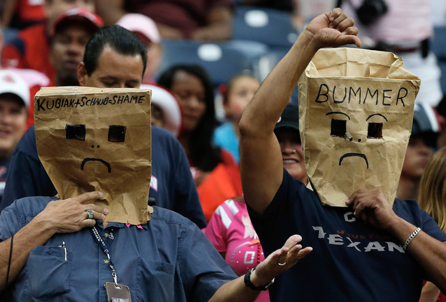 Hi-res-184413174-houston-texans-fans-show-their-displeasure-in-the_crop_650x440