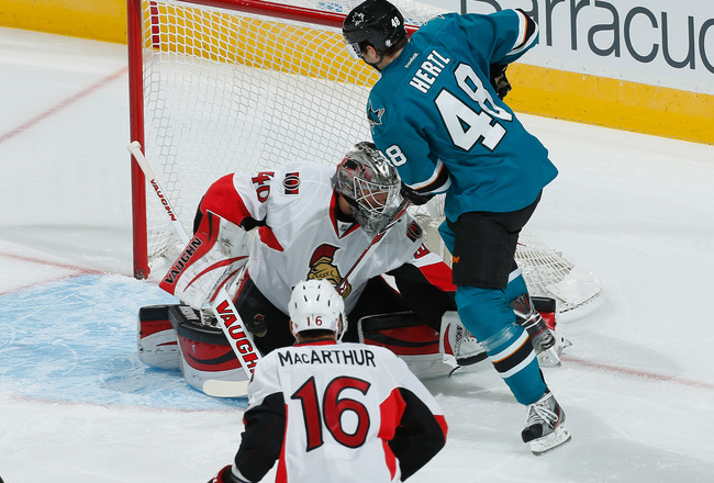 Hi-res-184247682-tomas-hertl-of-the-san-jose-sharks-takes-a-shot-against_crop_650x440