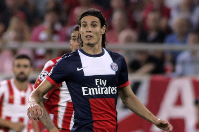 Hi-res-181781713-edinson-cavani-of-paris-saint-germain-fc-in-action_crop_650
