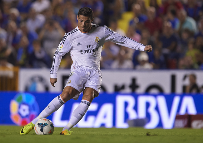 Hi-res-183201034-cristiano-ronaldo-of-real-madrid-in-action-during-the_crop_650