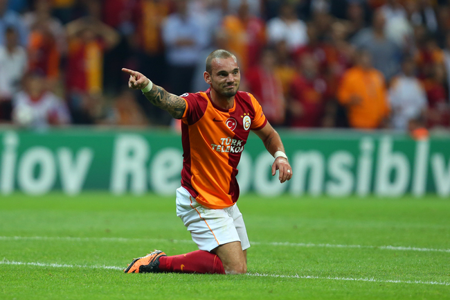 Hi-res-180902775-wesley-sneijde-of-galatasaray-reacts-to-his-teammates_crop_650