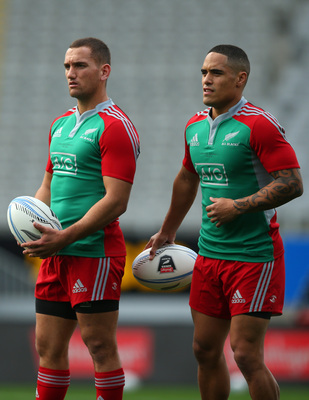 Hi-res-170073150-aaron-cruden-and-aaron-smith-of-the-all-blacks-during_display_image