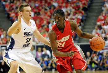 Hi-res-110026547-tony-snell-of-the-new-mexico-lobos-drives-against-kyle_display_image