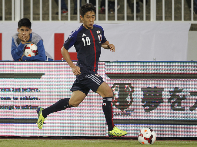 Hi-res-184126252-shinji-kagawa-of-japan-in-action-during-international_crop_650
