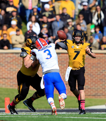 Hi-res-185355000-quarterback-maty-mauk-of-the-missouri-tigers-passes_display_image