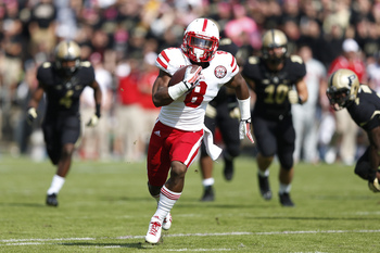 Hi-res-184220594-ameer-abdullah-of-the-nebraska-cornhuskers-runs-for-a_display_image
