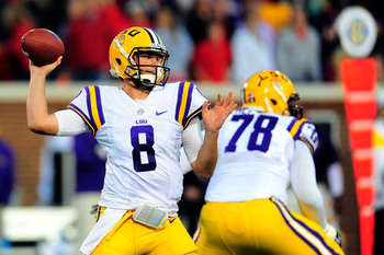 Hi-res-185369545-zach-mettenberger-of-the-lsu-tigers-drops-back-to-pass_display_image