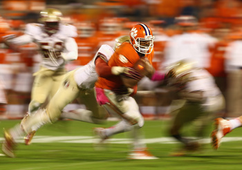 Hi-res-185381553-tajh-boyd-of-the-clemson-tigers-runs-with-the-ball_display_image