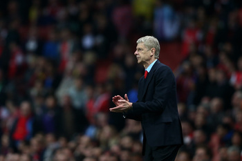 Hi-res-182606904-arsene-wenger-the-arsenal-manager-directs-his-players_display_image