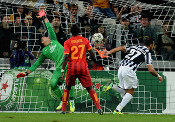 Hi-res-182938016-fabio-quagliarella-of-juventus-scores-his-teams-second_display_image