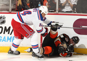 Hi-res-184698750-taylor-pyatt-of-the-new-york-rangers-skates-against_display_image