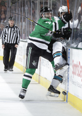 Hi-res-185156533-stephane-robidas-of-the-dallas-stars-checks-james_display_image