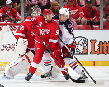 Hi-res-184724347-goalie-jonas-gustavsson-of-the-detroit-red-wings_display_image