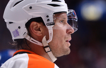 Hi-res-183973400-kimmo-timonen-of-the-philadelphia-flyers-during-the-nhl_display_image