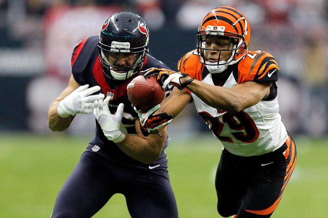 Hi-res-159010525-leon-hall-of-the-cincinnati-bengals-intercepts-a-pass_crop_650