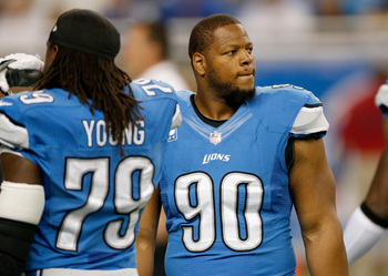 Hi-res-182305891-ndamukong-suh-of-the-detroit-lions-prepares-to-play-the_display_image