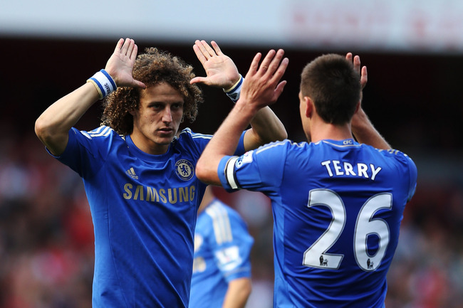 Hi-res-153028363-chelseas-john-terry-and-david-luiz-celebrate-after_crop_650