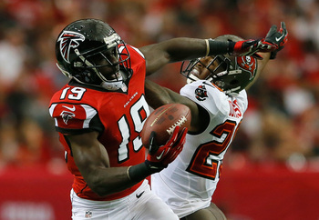 Hi-res-185429632-drew-davis-of-the-atlanta-falcons-pulls-in-this_display_image