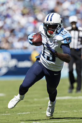 Hi-res-181574592-kendall-wright-of-the-tennessee-titans-runs-the-ball_display_image