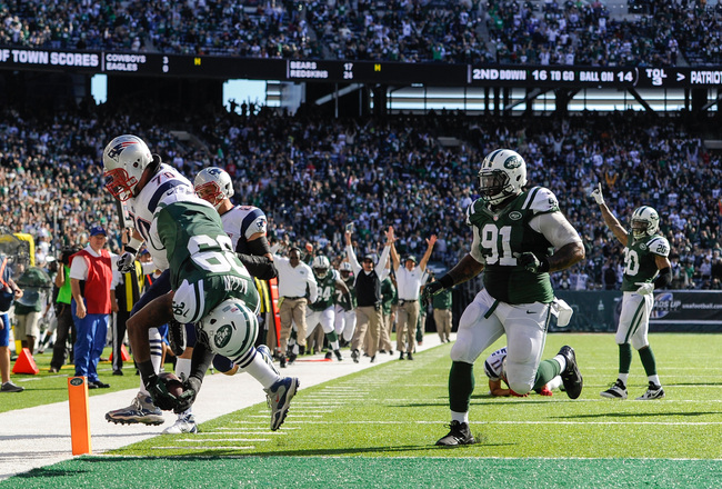 Hi-res-185430410-free-safety-antonio-allen-of-the-new-york-jets-flips_crop_650x440