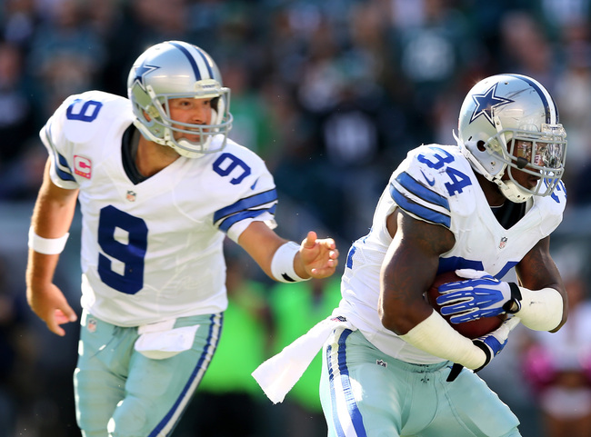 Hi-res-185435419-phillip-tanner-of-the-dallas-cowboys-takes-the-handoff_crop_650
