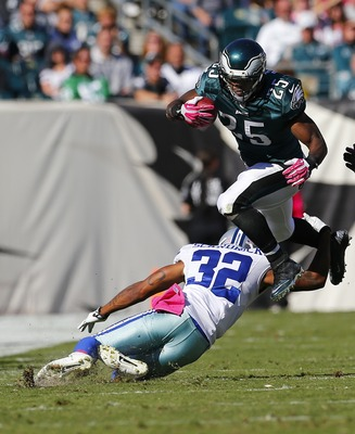Hi-res-185422032-running-back-lesean-mccoy-of-the-philadelphia-eagles_display_image