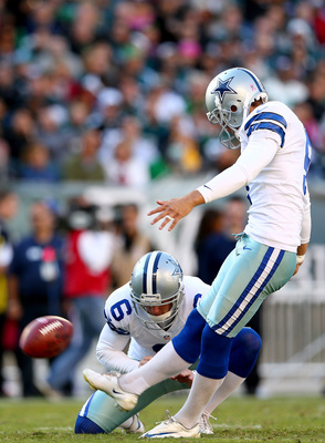 Hi-res-185435429-dan-bailey-kicks-the-extra-point-as-chris-jones-of-the_display_image