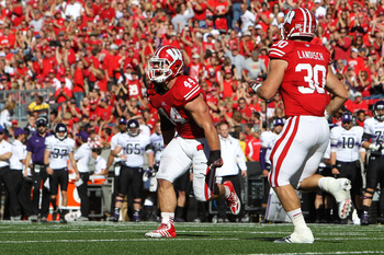 Hi-res-184230723-chris-borland-of-the-wisconsin-badgers-celebrates-after_display_image