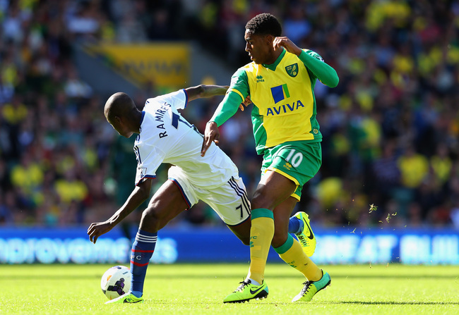 Hi-res-183386506-ramires-of-chelsea-and-leroy-fer-of-norwich-city-battle_crop_650