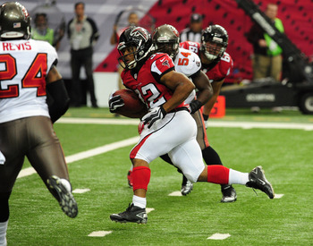 Hi-res-185440827-jacquizz-rodgers-of-the-atlanta-falcons-carries-the_display_image