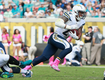 Hi-res-185435457-ryan-mathews-of-the-san-diego-chargers-runs-for-yardage_display_image