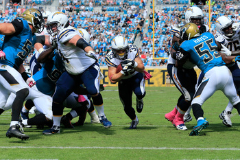 Hi-res-185435634-danny-woodhead-of-the-san-diego-chargers-runs-for_display_image